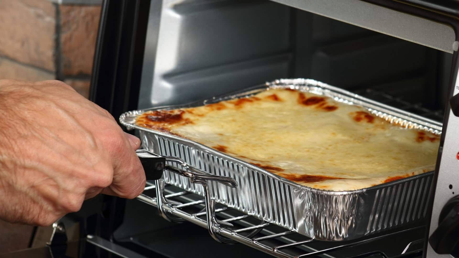 Can You Put Aluminum Foil In The Toaster Oven