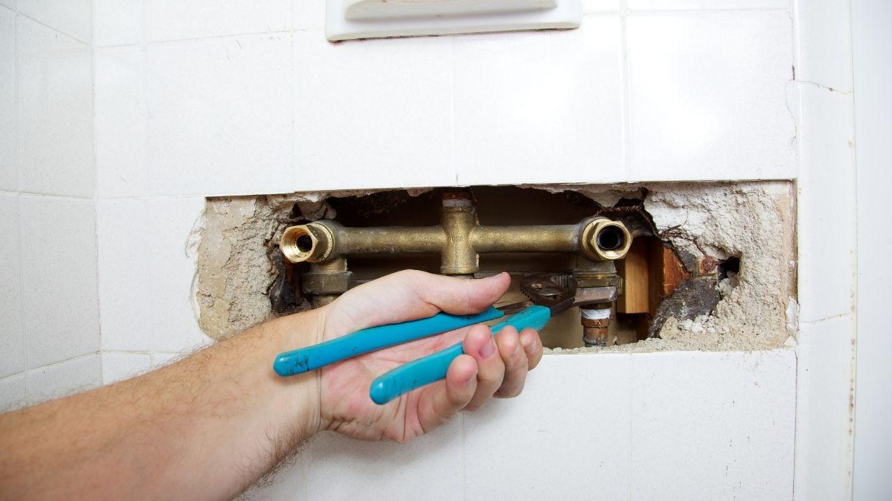 10 common plumbing problems